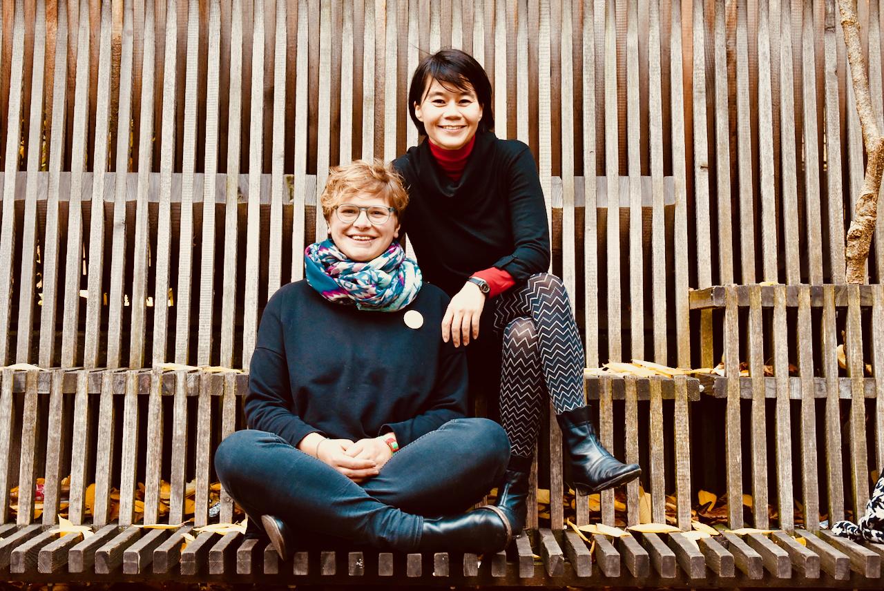 Auf dem Bild sehen Sie Elisabeth Laister und Maria Seisenbacher.